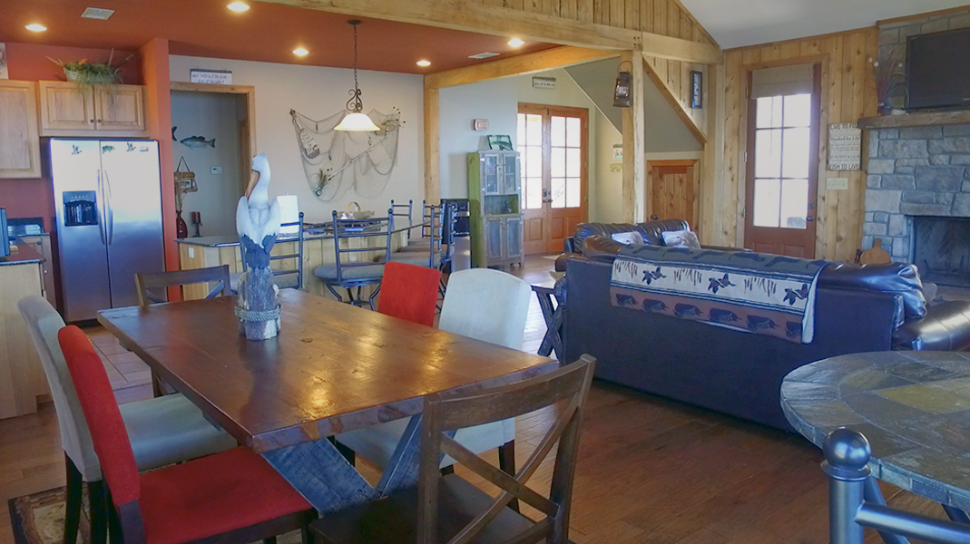 Dining Area - Toledo Bend Lakehouse
